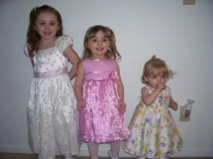 3-girls.jpg